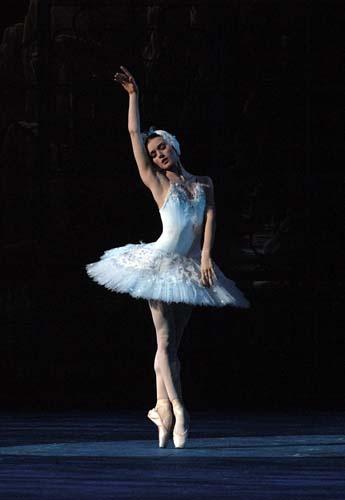 Irina Dvorovenko as Odette - American Ballet Theatre