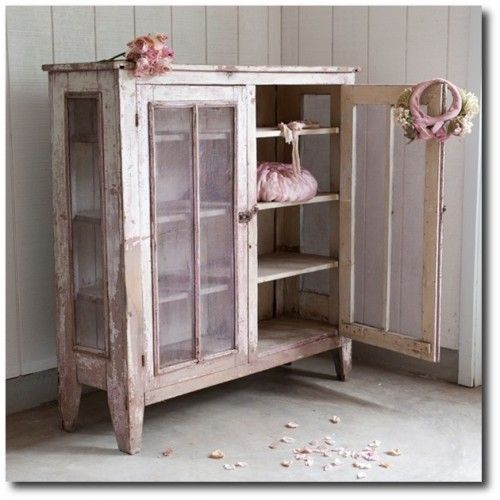 Decorating With Distressed Furniture: 72 Best Distressed & Shabby Chic Furniture & Accessories