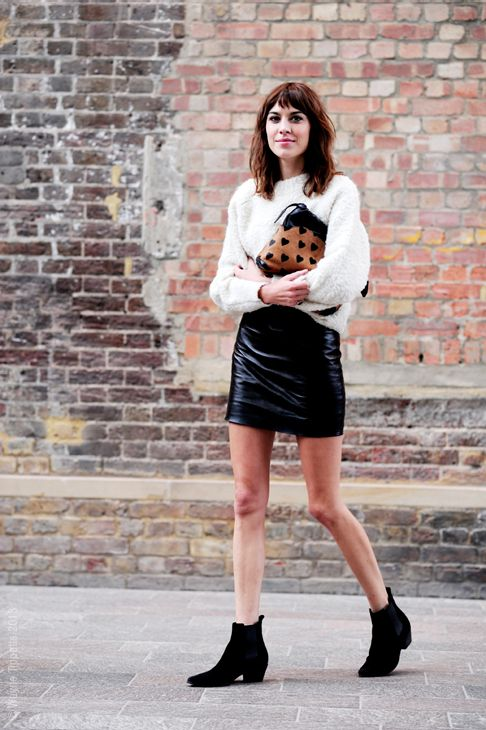 Alexa Chung: Chelsea boots. #tendencias #streetstyle #Chelseaboots #bloggers #celebrities