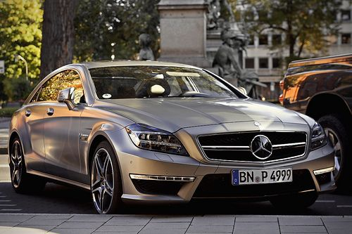 Mercedes CLS AMG63 via http://theultralinx.com/