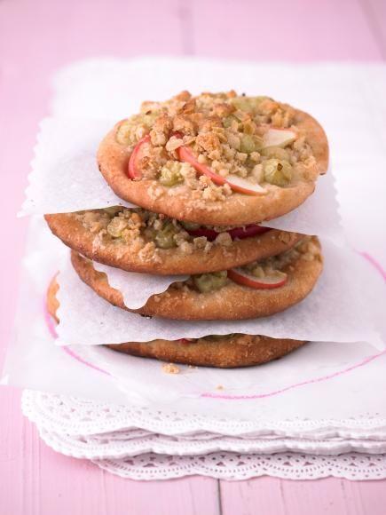 Rezept: Apfel-Stachelbeer-Pizzen von Cynthia Barcomi