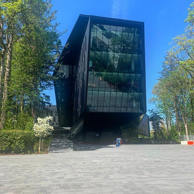 Ascensor para mi dirección  99% of my travels lead here... Nikes Headquarters in Beaverton Oregon.  Thankful for an amazing job at an innovative company that… | Travel noire,  My travel, Travel