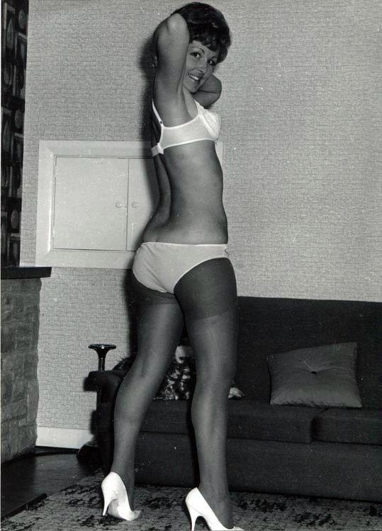 nicola taylor spick span 1960 s vintage arcade cards pinterest stockings. Black Bedroom Furniture Sets. Home Design Ideas