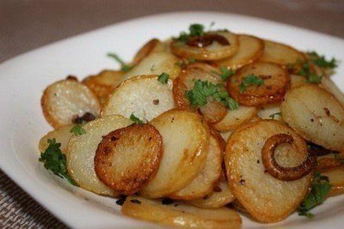 Картофель с луком по-лионски