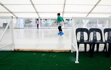 Auckland's Winter Ice rink in Aotea Square | gatherandhunt.co.nz