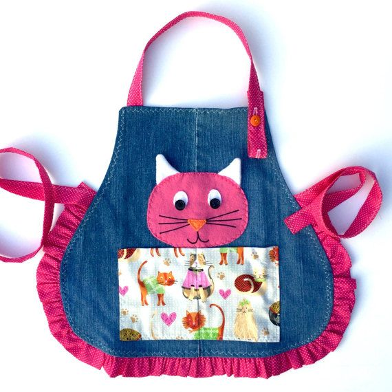 Meow apron, Childrens apron, Girls apron, Apron for kids, Reversible Apron for Kids - Kitty Cat