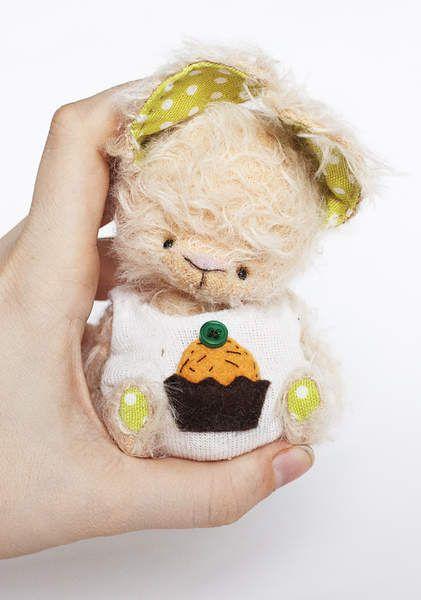 Muffin By Natalia Kolesnikova - Bear Pile