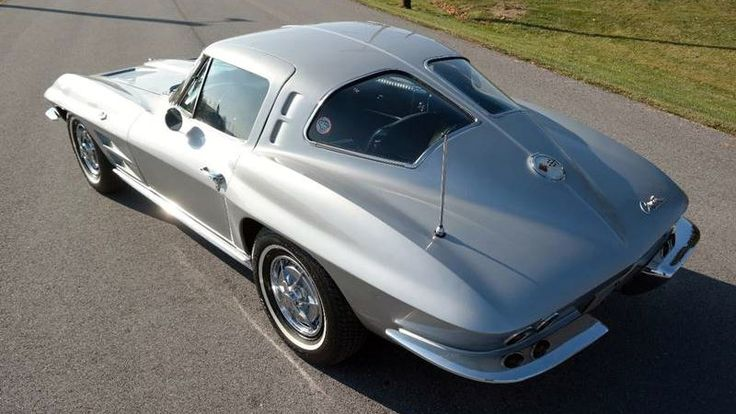 Meticulously Maintained: 1963 Corvette Split Window - http://barnfinds.com/meticulously-maintained-1963-corvette-split-window/