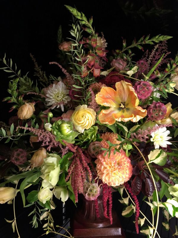 Wedding Centerpiece By Milwaukee Florist The Flower Lady Featured In