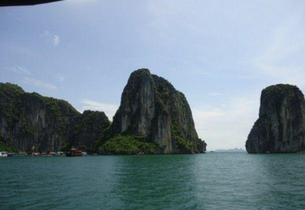 Ha Long Bay: Vietnam