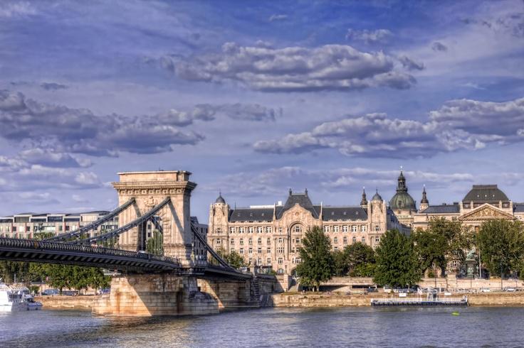 Budapest 2012 by Álmos Eőry