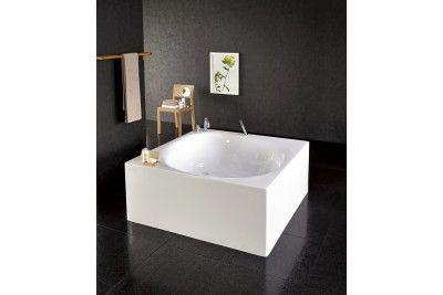 Aquatica Liquid Space Square Freestanding Acrylic Bathtub in White