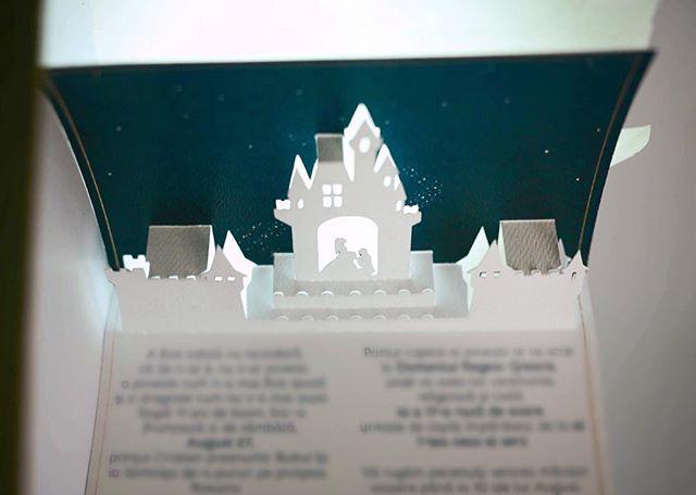 Invitatii de nunta exact asa cum le-ai visat. Disney night  #light #experiment #disney