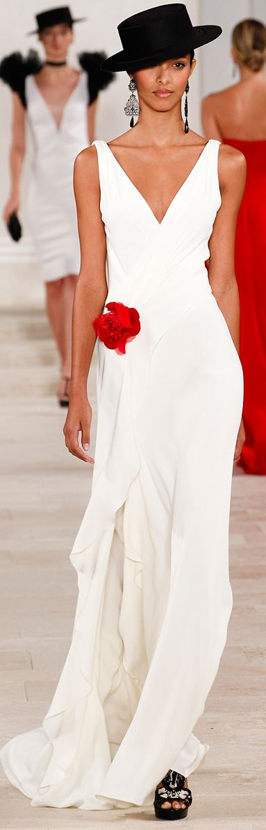 Ralph Lauren S/S 2013 RTW: Ralph Lauren, Lauren Spring, Fashion Week, Spring Summer, Red Flowers, Ralphlauren, Red Rose, Spring 2013, White Gowns