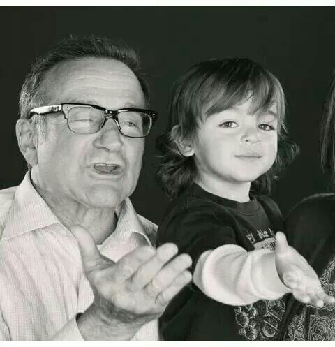Robin Williams and August Hermann :)...Mariska Hargitay's son.                          Awww! Very special