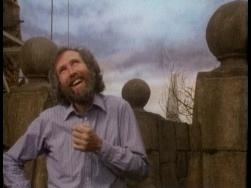 Jim Henson on the Labyrinth set
