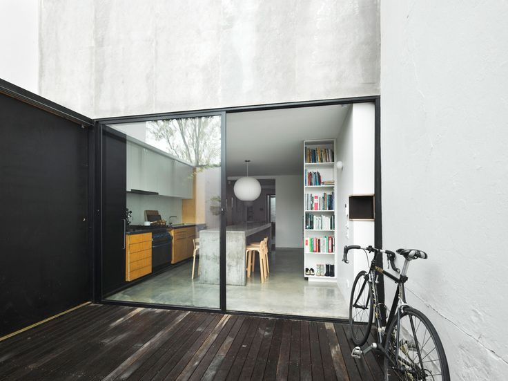 http://gillarchitects.com.au/projects/surry-hills-house/3