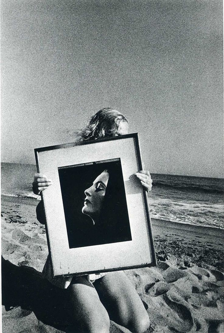 Ralph Gibson  studied photography while in the US Navy and then at the San Francisco Art Institute. He began his professional career as an...