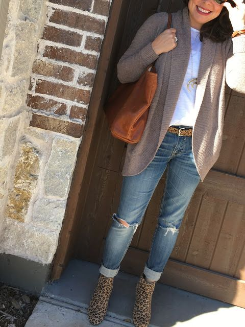 CUTE AND COZY FALL OUTFIT! distressed jeans, white tee, blardigan, leopard booties, and leather tote