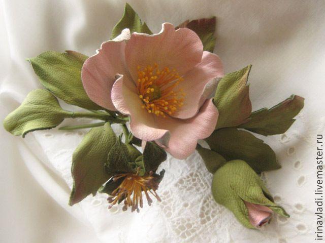Купить Украшение из кожи, кожаный цветок . Брошь заколка РОЗОВЫЙ ШИПОВНИК - цветы из кожи