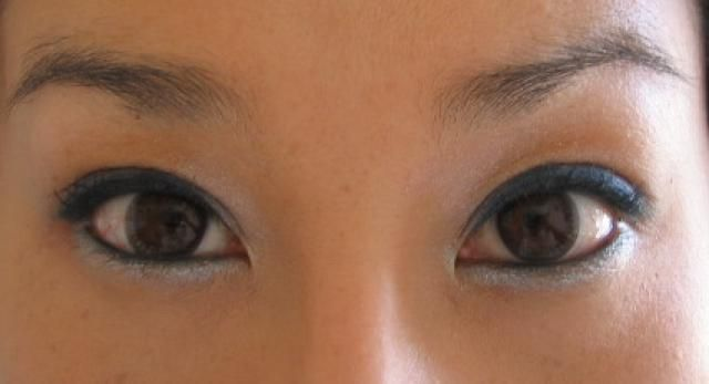 Easy Steps to Applying Makeup to Asian Eyes: Follow These Easy Steps for Gorgeous Asian Eyes