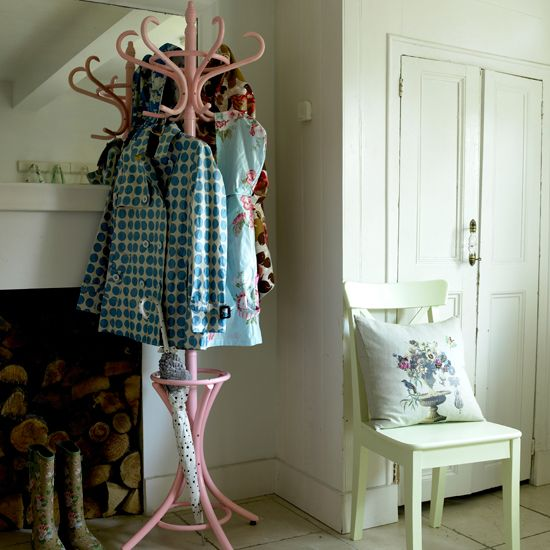 Looking for quirky hallway furniture and hallway decorating ideas? Take a look at the Housetohome.co.uk hallway gallery for inspirational hallway decorating ideas and clever hallway storage. Check out our Product Finder for hallway furniture, hallway stor
