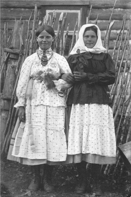 Cмоленская губерния – Дорогобужская крестьянка. Съемки М.И.Погодина и Н.И.Савина, 1920-е гг.