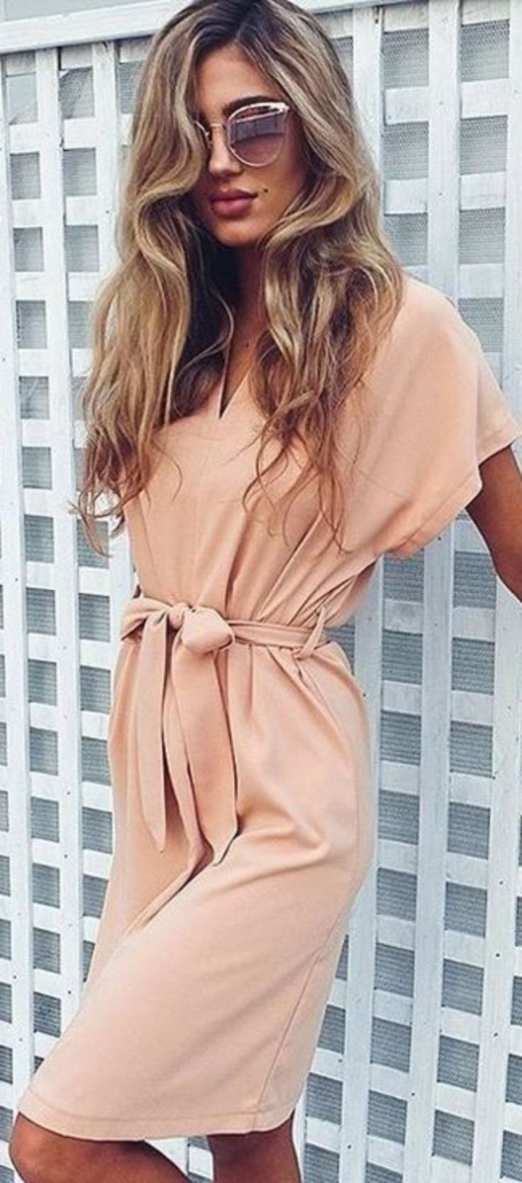 Nice 115 Trendy Work Clothes for Women Ideas from https://www.fashionetter.com/2017/07/08/115-trendy-work-clothes-women-ideas/