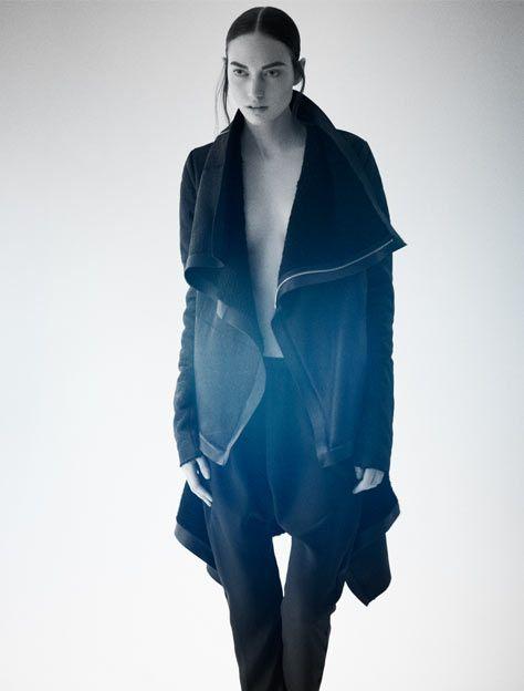 Anne Vest.