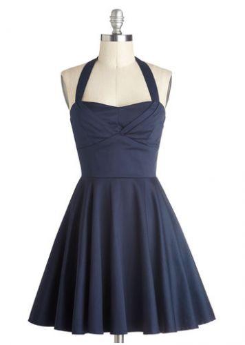 This would be a super cute bridesmaid dress for a vintage, retro or rustic  wedding