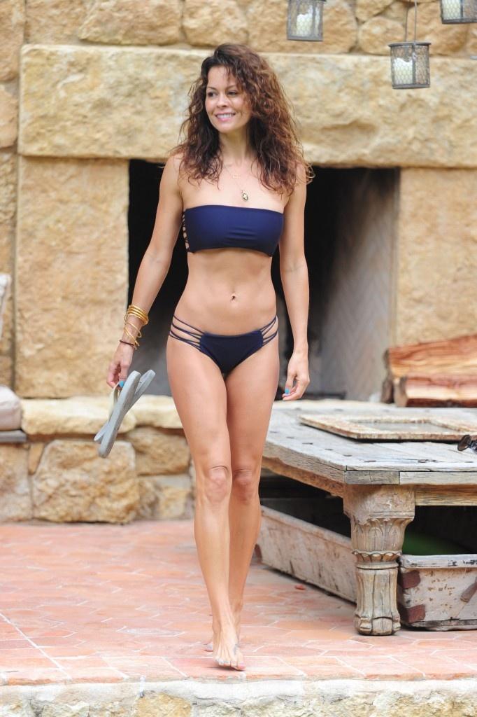 Brooke Burke Bikini Poolside Shoot In Malibu Bikini