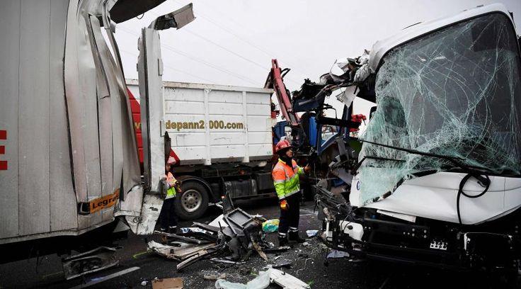 Un important carambolage s'est produit ce lundi matin sur l'autoroute A13, dans les Yvelines, à hauteur d'Epône. Au moins 65 personnes ont été blessées, dont