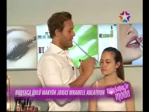 Jonas Wramell, Tülin Şahin'in Programında Makyaj Sırlarını Anlatıyor! - YouTube