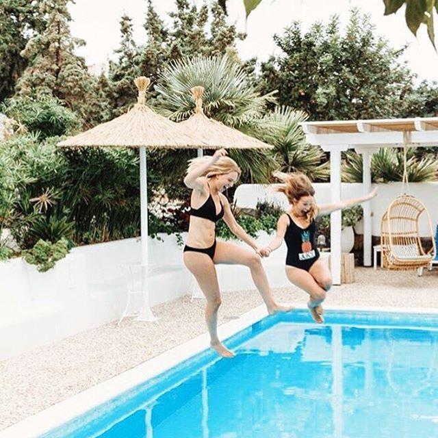Dream team at Ippocampi! 📷💙 #villaippocampi #ippocampi #hotel #hotels #boutiquehotel #smallhotel #greekhotel #exclusivehotel #greece #crete #summer #travel #traveling