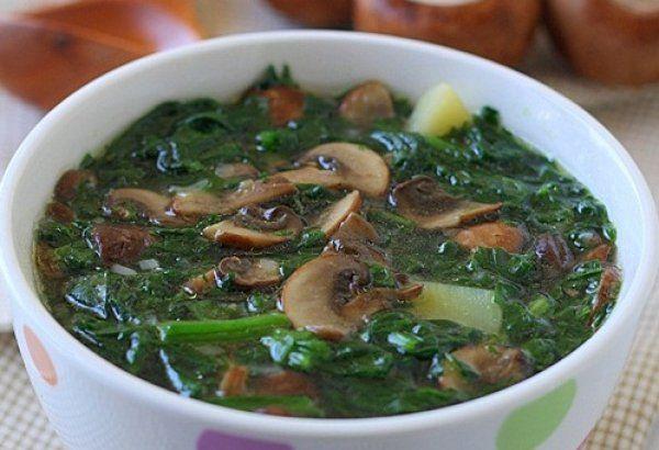 Суп из шпината с грибами