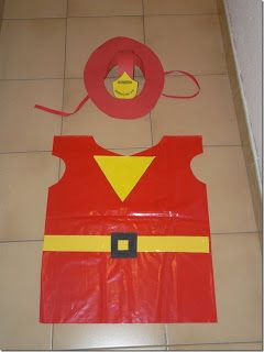 RECURSOS DE EDUCACION INFANTIL: DISFRACES disfraz de bombero con bolsa de plástico roja para carnaval | http://www.multipapel.com/familia-material-para-disfraces-maquillaje-bolsas-de-color.htm