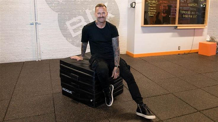 Want to start your mornings on a better note? Try these three exercises from trainer Bob Harper!