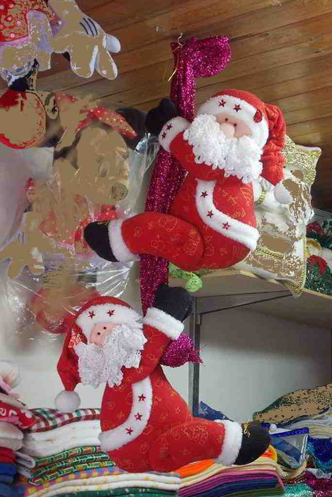 Molde Papa Noel agarra cortina