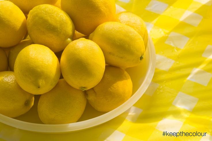 Lemons makes me feel refreshed. #keepthecolour