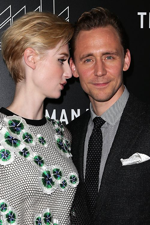 Tom Hiddleston and Elizabeth Debicki attend the premiere of AMC's The Night Manager at DGA Theater on April 5, 2016 in Los Angeles, California. Full size image: http://ww4.sinaimg.cn/large/6e14d388gw1f2nhgd2gc5j22ak2s0e84.jpg Source: Torrilla, Weibo