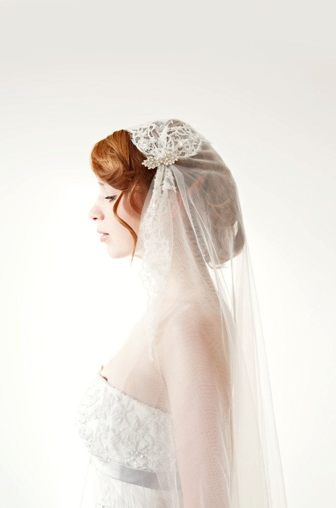 Voile de mariée longueur de la chapelle dentelle par sibodesigns, $295,00