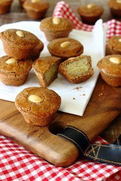 Gevulde speculaas muffin, hmm lekker voor het heerlijk avondje met een beker warme chocomelk met slagroom.