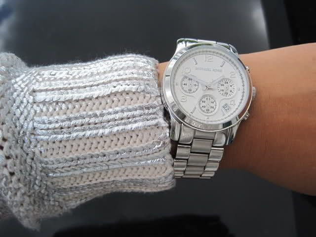 watch Michael Kors - I would go for silver