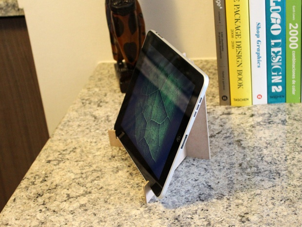 kVoa - iPad/tablet Stand