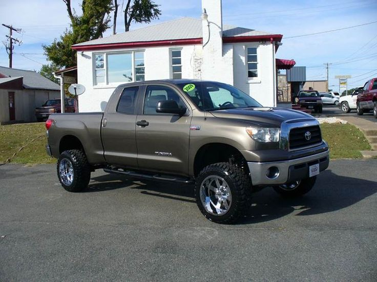 best 25 2009 toyota tundra ideas on pinterest toyota tundra reviews 2012 toyota tundra and. Black Bedroom Furniture Sets. Home Design Ideas