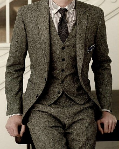 The matching fabric in all three pieces really works for me.  The suit obtains a casual presence while maintaining it's elegance.