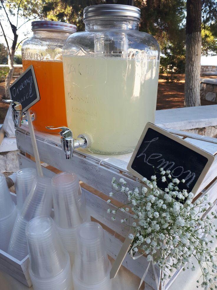 Χυμός λεμόνιου και πορτοκάλαδας σε ένα μίνι μπαρ!
