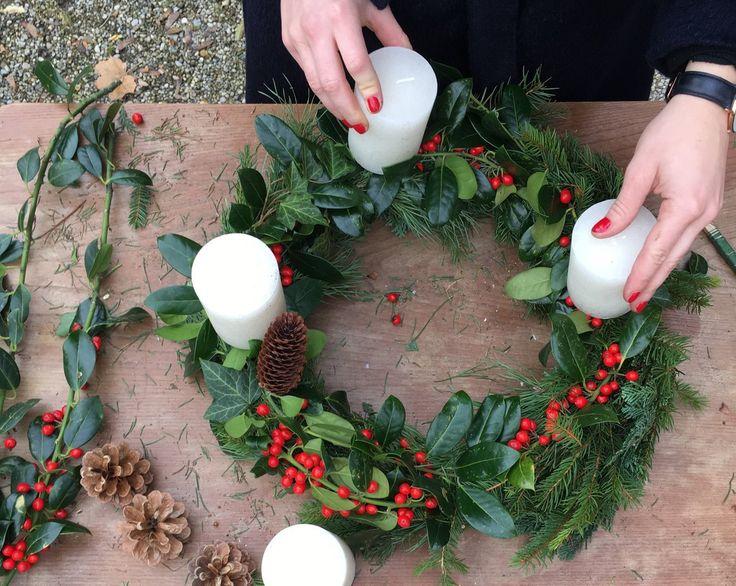 die besten 25 dekoration weihnachten tannenzweige ideen auf pinterest weihnachtskarte anzeige. Black Bedroom Furniture Sets. Home Design Ideas