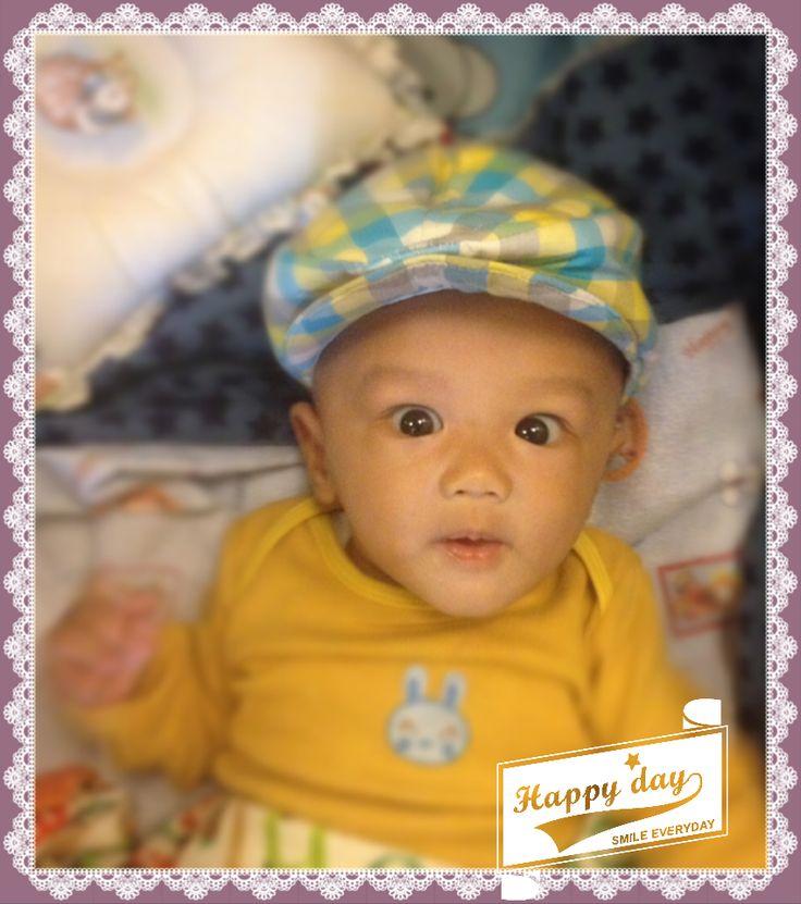Hello yellow boy