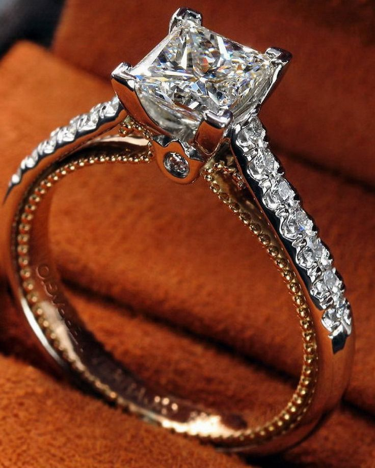 Start a brilliant new chapter in your life with a sparkling #Verragio.
